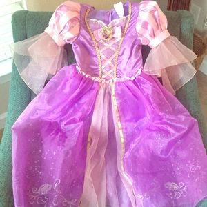 💜 GORGEOUS Rapunzel/Tangled Gown 💜